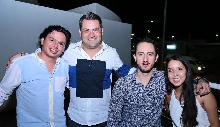 Barra Meade, Ricardo Trujillo, Poncho López y Ale Negrete.