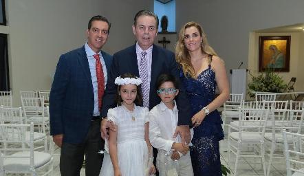 Marcelo Galán, Miguel y Marisol Valladares, Marina y Marcelo.