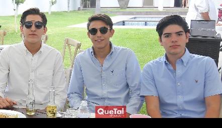 Daniel Villarreal, Polo Conde y Jorge Gutiérrez.