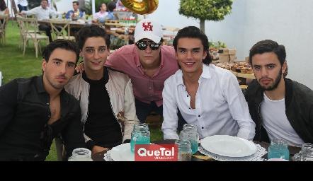 Alejandro Navarro, Santiago Rodríguez, José Madrigal, Jaime Ruiz y Diego Zepeda.