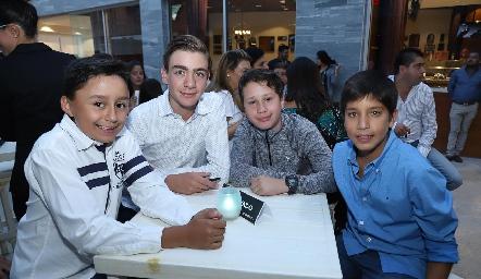 Oscar, Félix, Ángel y Manuel.