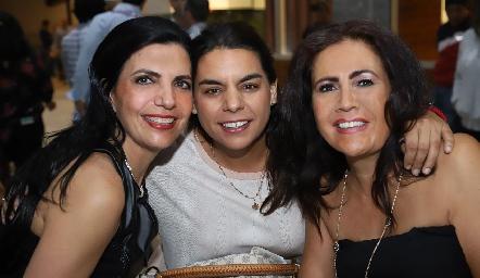 Mely Mahbub, Maribel Torres y Ana Fonte.