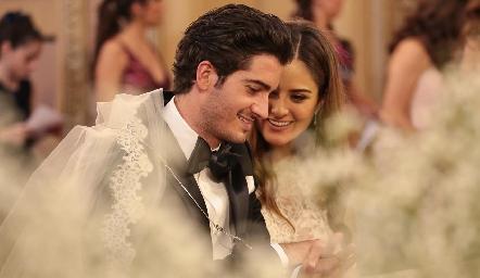 Chema Gómez y Ana Pao Rangel, ya son esposos.