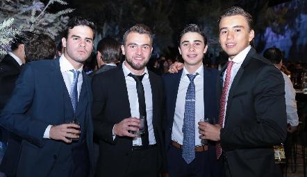 Jero Gómez, Memo Pizzuto, Marcelo Reverte y Oscar Ruiz.