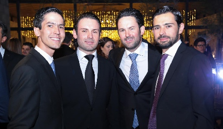 Andrés, Santiago, Alberto y Andrés.