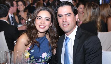 Nadia Solís y Alejandro González.