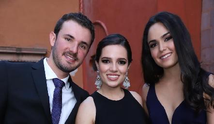 Jorge Gómez, Montse Piñero y Macarena Villasuso.