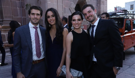 Gerardo Gómez, Macarena Villasuso, Montse Piñero y Jorge Gómez.