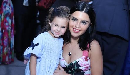 Marina y Daniela de los Santos.