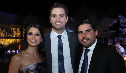 Lucía González, Ricardo Espinosa y Javier Nava.