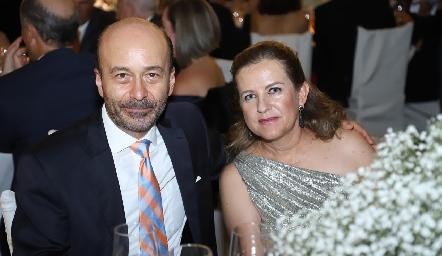 Ricardo Estrada y Marlú Mendizábal.