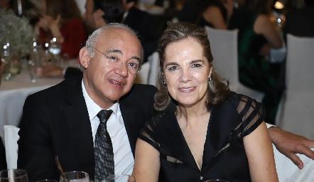 Wilfrido Martínez y Claudia Neumann.