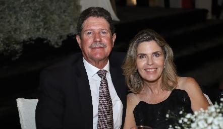 Alejandro González y Cecilia Urquiza.