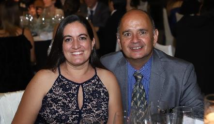 Luz María Algara y Rafael Meade.