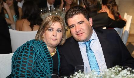 Regina Payán y Toño Delgado.