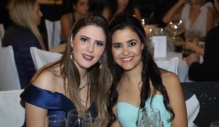 Lourdes Robles y Sofía.