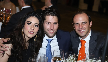 Lula Torres, Eduardo Martínez y Eduardo Rangel.