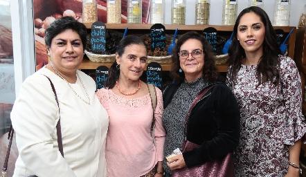 Ana María Vázquez, Carmen López, María de Lourdes Robledo y Ana Villanueva.