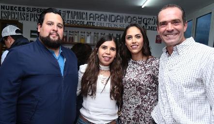 José Ángel Morán, Dalia Rivera, Ana Villanueva y Juan Cuétara.