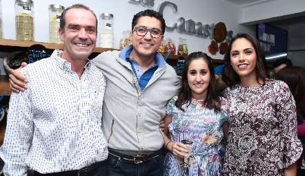 Juan Cuétara, Iván Sarabia, Ana Laura Valle y Ana Villanueva.