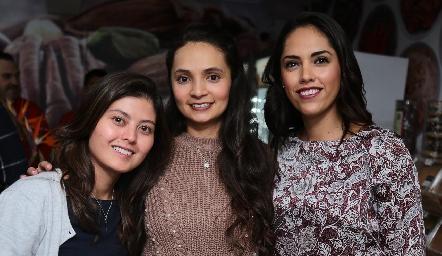 Mariana Ishima, Rocío Huerta y Ana Villanueva.