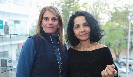 Laura Abad y María Musa.