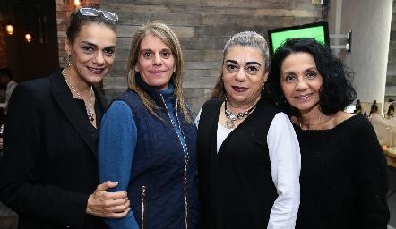 Lizette Abud, Laura Abad, Claudia Abud y María Musa.