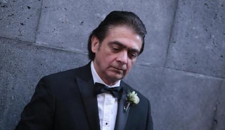 Abraham Salgado.