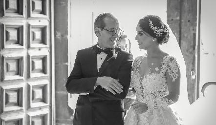 Enrique Díaz Infante con su hija Gaby.