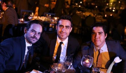 Adrián Caballero, Diego Pacheco y José Guerrero.