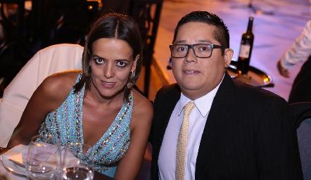 Montse Díaz Infante y Aarón Robledo.