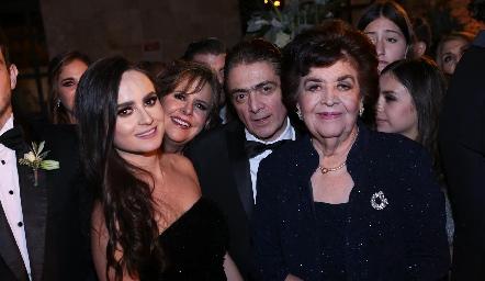 Marijó Salgado, Rosy Somohano, Abraham Salgado y Rosita de Somohano.