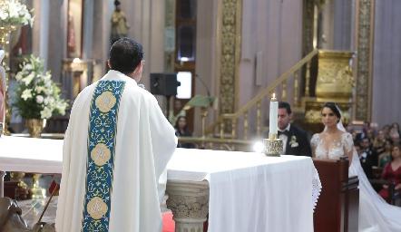 Padre Salvador.