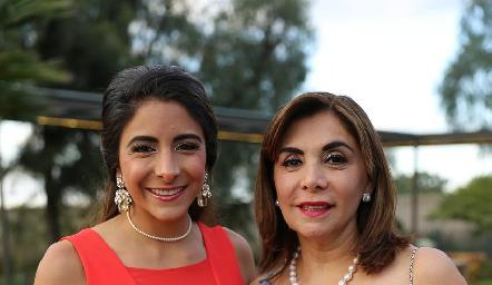 Regina y Rocío García.