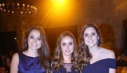 Paloma, Ana Gaby y Miriam Díaz Infante Meade.