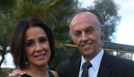 Martha Aranda y Rafael González.