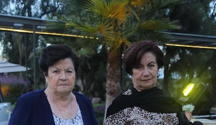 Carmen Hermosillo y Cony Hermosillo.