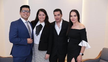 Julio Donjuan, Erika Domínguez, Felipe Peña y Yazmín Dávila, los médicos de la Clínica AMARA.