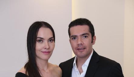 Yazmín Dávila y Felipe Peña.