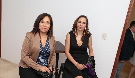 Leticia García y Laura Salinas.