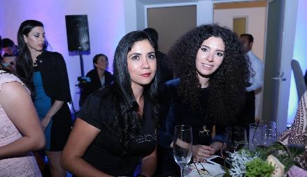 Imelda Yáñez y Abi Treviño.