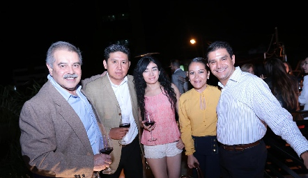 Andrés Vázquez, Ulises López, Brenda León, Olga Gutiérrez y Fidel Pantoja.