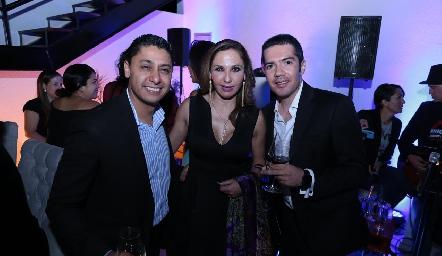 Jorge García, Laura Salinas y Felipe Peña.