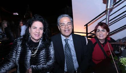 Clara Hernández, Felipe Peña y Lucía Montes.
