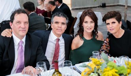 Pedro Martínez, Luis Motilla, Tawi Garza y Verónica Martínez.