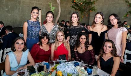 Las amigas de la novia.