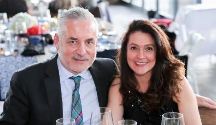 Mauricio Rodríguez y Martha López.
