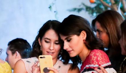 Sofía Leiva y Tere Cadena.