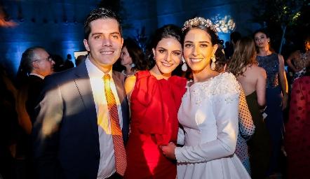 Poncho, Ana Cecy y Mariana Labarthe Rangel.