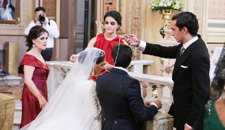 Ana Ceci Labarthe y Carlos Herrera, padrinos de lazo.